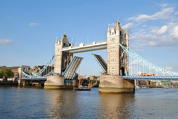 lontoo_tower_bridge1